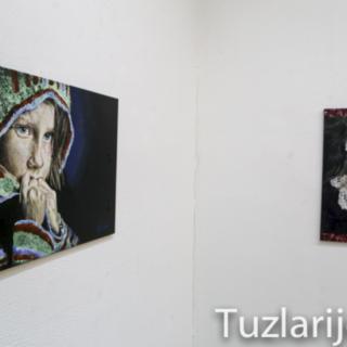 U Tuzli otvorena izložba slika mlade Kninjanke Anđele Tucakovićgall-1