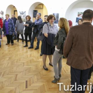 U Tuzli otvorena izložba slika mlade Kninjanke Anđele Tucakovićgall-2