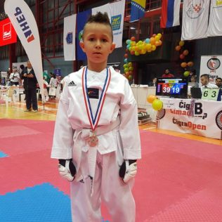 Osam medalja TK Olympic na Chigra Openu u Zagrebugall-3