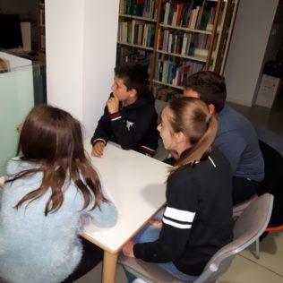 Senzacija na Pub kvizu – petaši bolji od srednjoškolaca: Prvo mjesto za ekipu Pingvini s Madagaskaragall-0