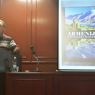 Predstavljene knjige Zdravka Vampovca i dodijeljena priznanja najčitateljimagall-1