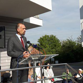 Dodijeljeni ključevi i ugovori o najmu za 36 korisnika stanova u dvjema novim zgradamagall-3