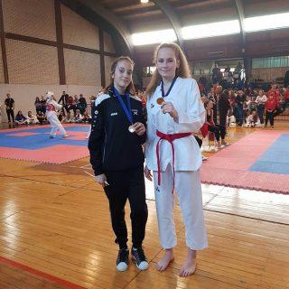 Dvije medalje za TK Olympic na Livno Openu: Petra Batić osvojila zlato, a Mira Nikšić broncugall-1