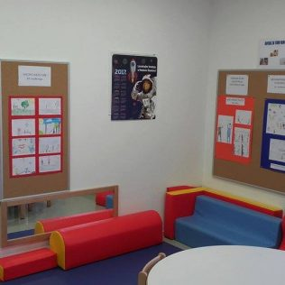 U knjižnici izložba dječjih radova o tolerancijigall-0