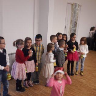 Čarobni svijet zabavio djecu u dvorani Studentskog domagall-7
