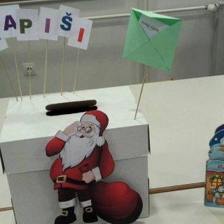 U knjižnici djeca mogu ostaviti pismo za Djeda Božićnjaka; Najkreativnije pismo bit će nagrađeno!gall-0