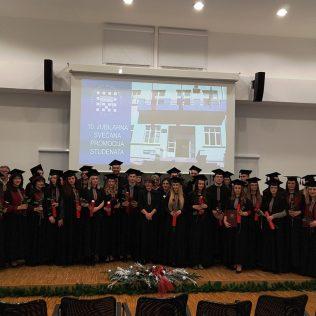 Svečano promovirano 37 prvostupnika i 15 stručnih specijalista kninskog Veleučilišta Marka Marulićagall-0