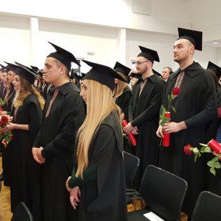 Svečano promovirano 37 prvostupnika i 15 stručnih specijalista kninskog Veleučilišta Marka Marulićagall-7