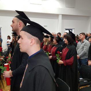 Svečano promovirano 37 prvostupnika i 15 stručnih specijalista kninskog Veleučilišta Marka Marulićagall-8