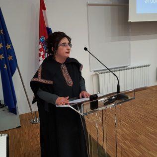 Svečano promovirano 37 prvostupnika i 15 stručnih specijalista kninskog Veleučilišta Marka Marulićagall-11