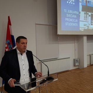 Svečano promovirano 37 prvostupnika i 15 stručnih specijalista kninskog Veleučilišta Marka Marulićagall-13