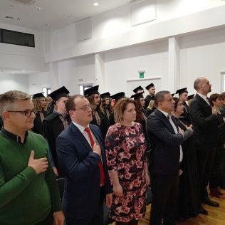 Svečano promovirano 37 prvostupnika i 15 stručnih specijalista kninskog Veleučilišta Marka Marulićagall-14