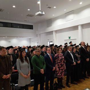 Svečano promovirano 37 prvostupnika i 15 stručnih specijalista kninskog Veleučilišta Marka Marulićagall-18