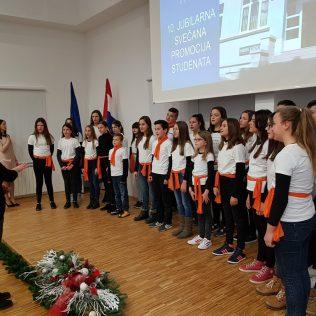 Svečano promovirano 37 prvostupnika i 15 stručnih specijalista kninskog Veleučilišta Marka Marulićagall-19