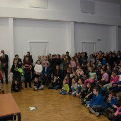 Foto: Sveti Nikola podijelio djeci darovegall-10