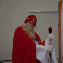 Foto: Sveti Nikola podijelio djeci darovegall-13