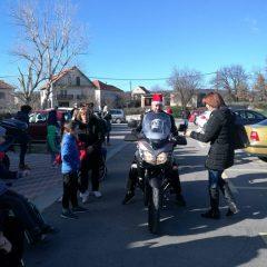 Bikeri iz MK Stormriders darivali djecu iz Svetog Bartolomejagall-4