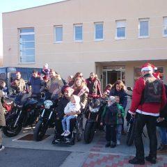 Bikeri iz MK Stormriders darivali djecu iz Svetog Bartolomejagall-0