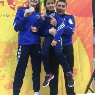 Petra Batić i Lorena Djak iz Taekwondo kluba DIV Knin osvojile brončane medalje na President kupu u Njemačkojgall-1