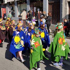 Veselje u gradu: Pogledajte 120 fotografija Dječje karnevalske povorkegall-16