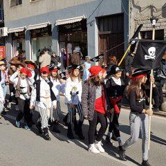 Veselje u gradu: Pogledajte 120 fotografija Dječje karnevalske povorkegall-20