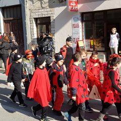 Veselje u gradu: Pogledajte 120 fotografija Dječje karnevalske povorkegall-32
