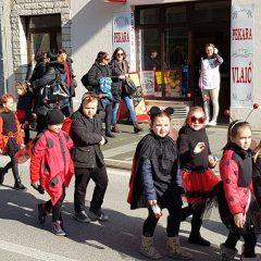 Veselje u gradu: Pogledajte 120 fotografija Dječje karnevalske povorkegall-33