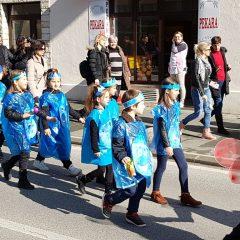 Veselje u gradu: Pogledajte 120 fotografija Dječje karnevalske povorkegall-35