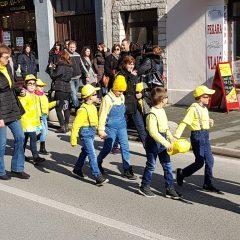 Veselje u gradu: Pogledajte 120 fotografija Dječje karnevalske povorkegall-37