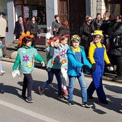 Veselje u gradu: Pogledajte 120 fotografija Dječje karnevalske povorkegall-40