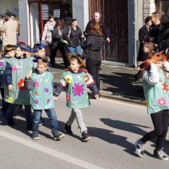 Veselje u gradu: Pogledajte 120 fotografija Dječje karnevalske povorkegall-42