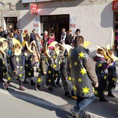 Veselje u gradu: Pogledajte 120 fotografija Dječje karnevalske povorkegall-52