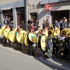 Veselje u gradu: Pogledajte 120 fotografija Dječje karnevalske povorkegall-54