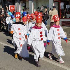 Veselje u gradu: Pogledajte 120 fotografija Dječje karnevalske povorkegall-72