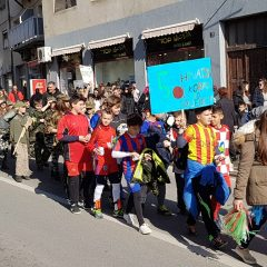 Veselje u gradu: Pogledajte 120 fotografija Dječje karnevalske povorkegall-81