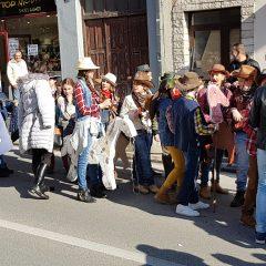 Veselje u gradu: Pogledajte 120 fotografija Dječje karnevalske povorkegall-87