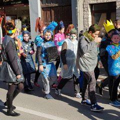 Veselje u gradu: Pogledajte 120 fotografija Dječje karnevalske povorkegall-91