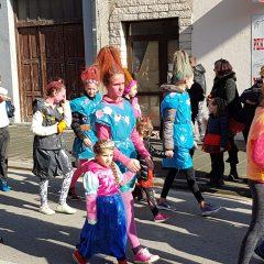 Veselje u gradu: Pogledajte 120 fotografija Dječje karnevalske povorkegall-92