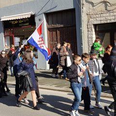Veselje u gradu: Pogledajte 120 fotografija Dječje karnevalske povorkegall-97