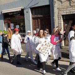 Veselje u gradu: Pogledajte 120 fotografija Dječje karnevalske povorkegall-104