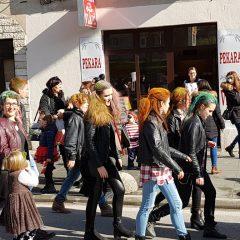 Veselje u gradu: Pogledajte 120 fotografija Dječje karnevalske povorkegall-107