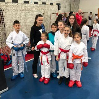 Srebro i bronca Ive Gašpar i bronca Marije Tucaković iz Karate kluba Knin na Delta Cupu u Rijecigall-2