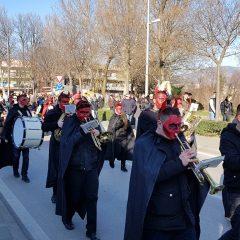 Foto izvještaj: Karnevalsko slavlje u Kninugall-20