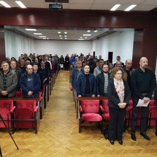 Robert Marić predstavio svoju kandidaturu za predsjednika i pozvao na zajedništvo u kninskom HDZ-ugall-3