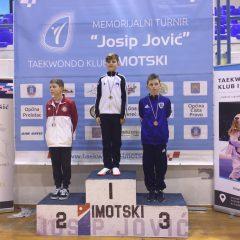 Divovcima u Imotskom treće ekipno mjesto u kadetskoj konkurenciji; Petra Batić i dalje nepobjedivagall-7