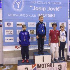 Divovcima u Imotskom treće ekipno mjesto u kadetskoj konkurenciji; Petra Batić i dalje nepobjedivagall-11