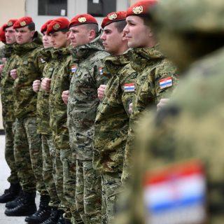 Na Crvenoj zemlji provedeno uvježbavanje hrvatskih i britanskih oružanih snagagall-4