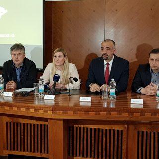 Janica Kostelić i Marko Jelić potpisali Sporazum vrijedan 1,5 milijuna kuna o sufinanciranju izgradnje 400-metarske atletske stazegall-3