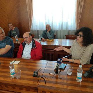 Na sastanku poljoprivrednika i europarlamentarke Petir u Kninu izneseno puno problema, ali i prijedloga za njihovo rješavanjegall-5