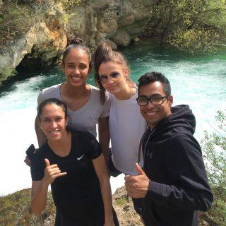 Sportaši promoviraju Knin: Matea Jelić ugostila brazilsku reprezentativku kako bi joj pokazala kninske prirodne ljepotegall-0